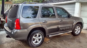 Mazda Tribute GS >3.0 L >V6 >AUTO >ALL POWER + SPORT PACKAGE !