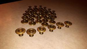 33 boutons poignées d'armoires