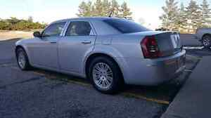 CUSTOM CHRYSLER 300 FOR TRADE!!! TRUCK OR SUV TRADES OR CAR!!!!!