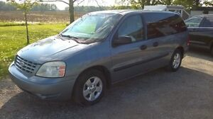 2004 Ford Freestar Minivan,