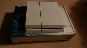Sony Playstation PS4 500GB with games Kitchener / Waterloo Kitchener Area image 1