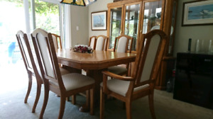 PRICE REDUCED - NOW $450 - Dining Room Set