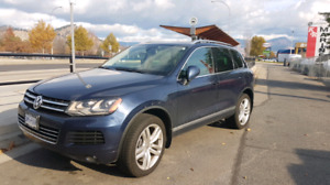 2011 VW Touareg Highline V6