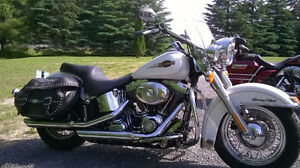 heritage softail classic pearl white gold