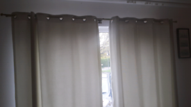 Double curtain poles rails