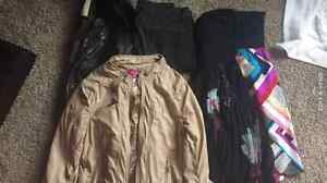 Womens Lot- Size Small