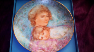 Abbey and Lisa collector plate.