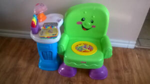 Fisher-Price Laugh & Learn Musical Learning Chair (Green)