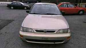 toyota corolla 1997 1.6L 155k km   automatic / tel quel / as is