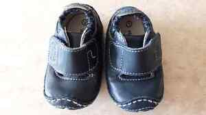 Baby boys size 1 stride rite all leather shoe