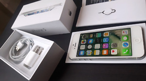 Iphone 5 16GB  ( rogers& chatr)