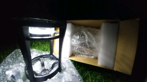 ***GAMA SONIC AURORA***SOLAR OUTDOOR LED LIGHT FIXTUTE