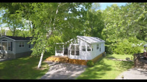 2 +1 Bedroom Cottage for rent: Sandbanks Provincial Park 7 min.
