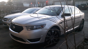 2015 Ford Taurus, Only 12Km, Asking $24700