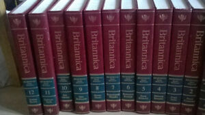 BRITANNICA  12 BOOKS West Island Greater Montréal image 1