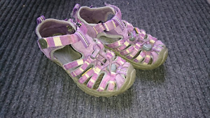 Girls Size 12 Keen Sandals - Need Gone ASAP