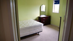 Looking  For Students / Young Adult Roommates near UOIT / DC