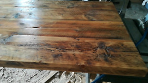 Ilot de cuisine en bois de grange unic!!!