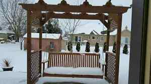 Beautiful  custome hand crafted porch swing Stratford Kitchener Area image 4