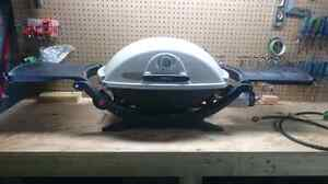 BBQ Weber Q220