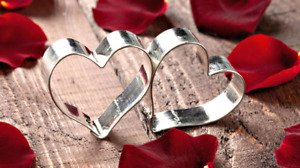 LOOKING FOR THAT LAST MINUITE GIFT? SMILING HEARTS A PROMISE!