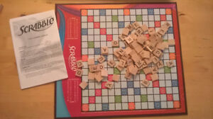 Parkers Brothers Scrabble Crossword Game