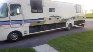 Motorhome for Rent (Sleeps 6 adults)
