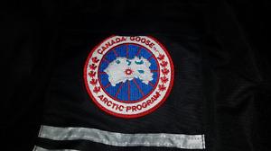 Manteau d'hiver Canada Goose (neuf)