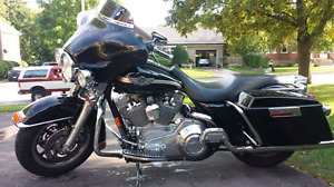 FLH Electra Glide 100th anniversary edition