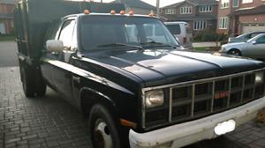 GMC Sierra dump truck