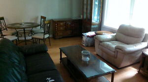 Student attn:Large 5 Bdm 4bath 5park-super clean HB Guest Home Kitchener / Waterloo Kitchener Area image 8