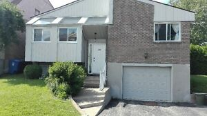 House in Pointe Claire for rent