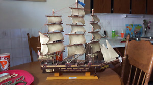 1814 USS Constitution wood ship
