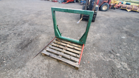 Tractor front loader bale spike with euro brackets