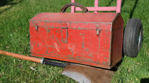 Vintage - Snap - On Tool Box - Embossed Logo See Pics