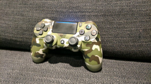 PS4 Controller - Great Condition - Downtown Toronto