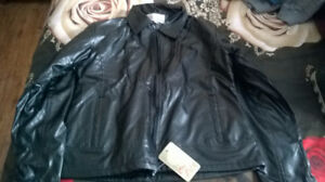 BLACK COAT FOR WOMAN, SIZE S, NEW!!!!!
