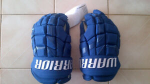 warrior covert winter classic leafs gloves never worn tags still
