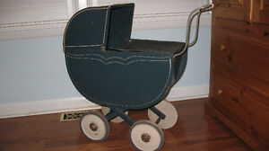 WOODEN ANTIQUE DOLL CARRIAGE