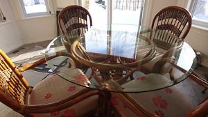 Wicker, rattan, rotin table set.
