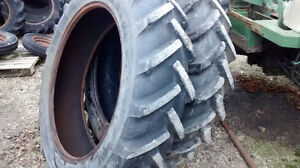 13.6 x 38 tractor bar tires