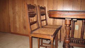 price reduced Antique Gothic dining table & 4 chair from Belgium Edmonton Edmonton Area image 3