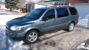 2006 Saturn Relay AWD van
