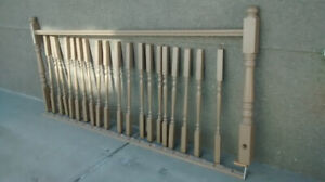 8ft of 3ft wood railing