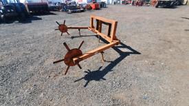 Tractor telehandler front loader bale unroller unwinder manitou