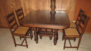 price reduced Antique Gothic dining table & 4 chair from Belgium Edmonton Edmonton Area image 4