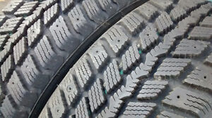2 Winter Tires in Excellent Condition London Ontario image 2