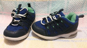 Toddler Carter's Light Up Sneakers Size 5,Like New