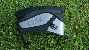 BMW GS tank bag and pouch