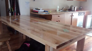 Grosse table en bois 3'x 7'